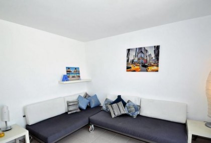 Charming 1 bedroom modern apartment on seafront San Jose for sale Ibiza investment property 4