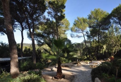 Traditional home offered for sale close to Cala Vadella and requiring an update_13