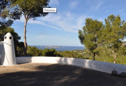 Traditional home offered for sale close to Cala Vadella and requiring an update_2