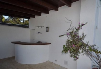 Traditional home offered for sale close to Cala Vadella and requiring an update_4