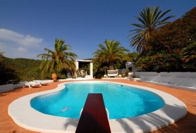 original-finca-for-sale-in-ibiza-with-views-over-the-countryside_2
