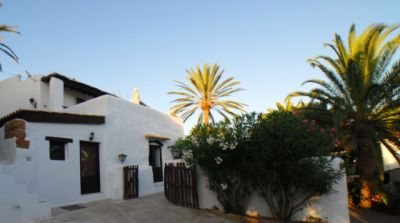 original-finca-for-sale-in-ibiza-with-views-over-the-countryside_3