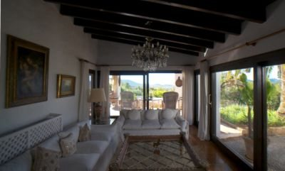 original-finca-for-sale-in-ibiza-with-views-over-the-countryside_7