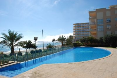 apartment-for-sale-close-to-the-sea-in-playa-den-bossa-ibiza_1