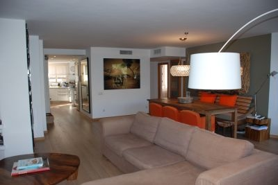 apartment-for-sale-close-to-the-sea-in-playa-den-bossa-ibiza_3