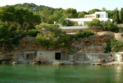 luxury-sea-view-villa-for-sale-in-cala-gracio-ibiza_1