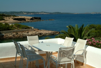 luxury-sea-view-villa-for-sale-in-cala-gracio-ibiza_3