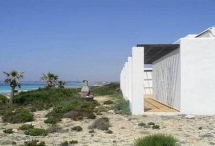Formentera villa frontline to the sea with guest annexe apartment 3