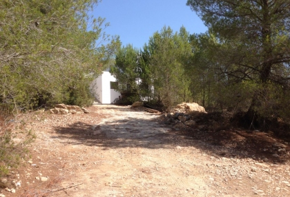 Es Cubells Ibiza luxury unfinished villa for sale in over 6 acres of land with distant sea views 1