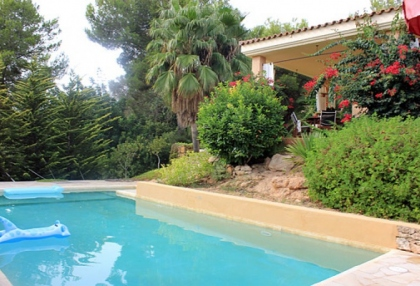 Can Furnet Ibiza house for sale with distant sea views 4