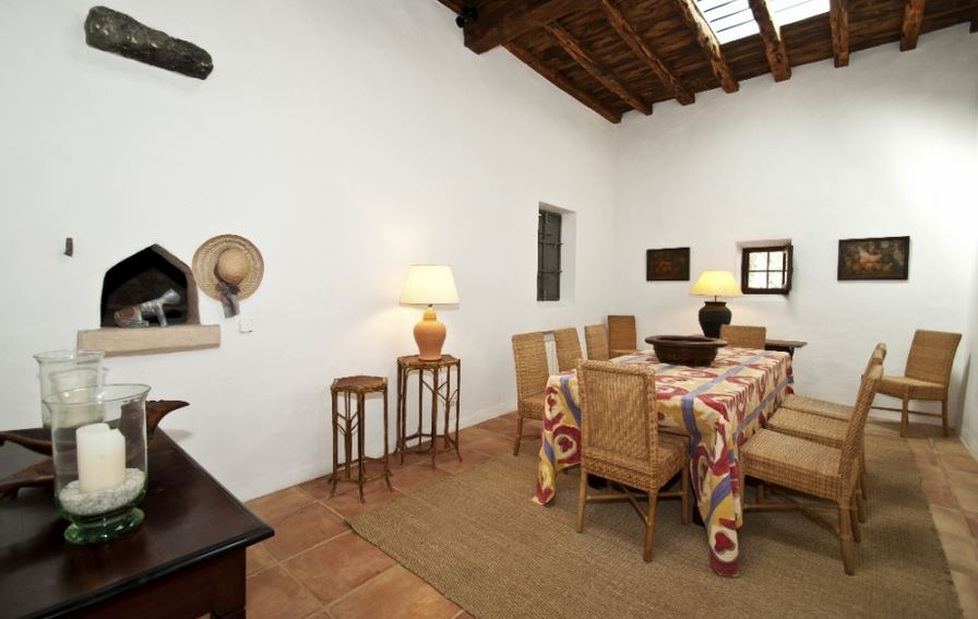 Ibiza country finca in a peaceful location with a large for Ibiza country villas
