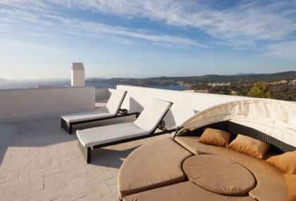 Sea view home for sale in Cala Moli Ibiza recently modernised_8
