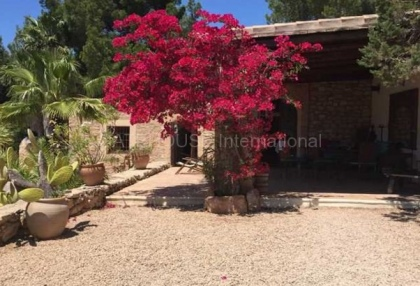 Renovated Country Home for sale in Cala Vadella_6