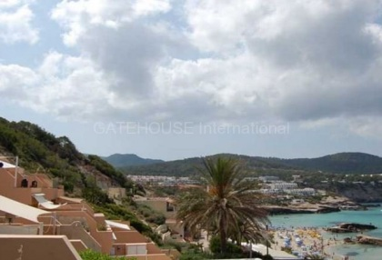 Two bedroom apartment close to the sea in Cala Tarida_7
