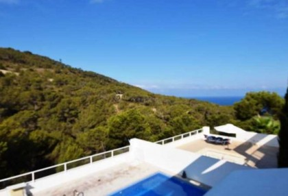 detached house with distant sea view in cala vadella_8