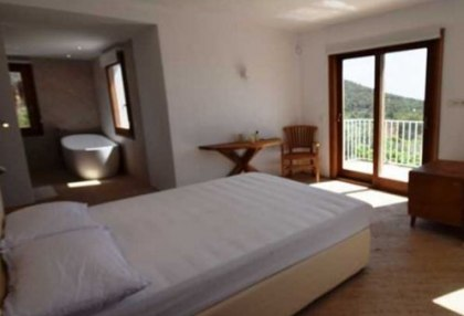 Renovated house for sale close to San Jose Village and Ibiza Town_8