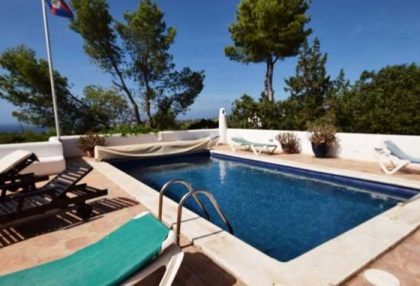 Detached house for sale with distant sea views close to Cala Tarida_9