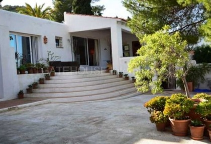 House for sale in Cala Vadella with sea views_1