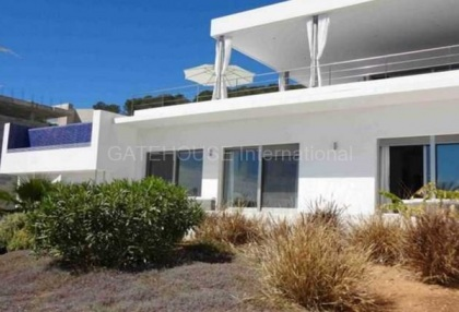 Modern luxury villa for sale in Vista Alegre_4