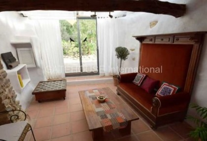 Country property in Benimussa with sea views_5