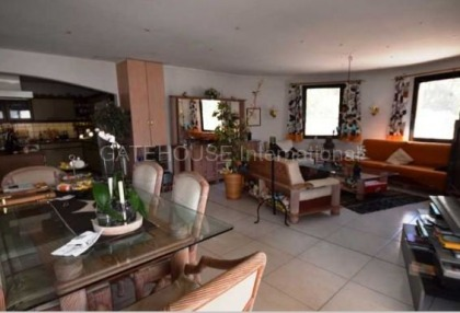 Detached villa for sale converted to 5 apartments in Santa Eularia_4