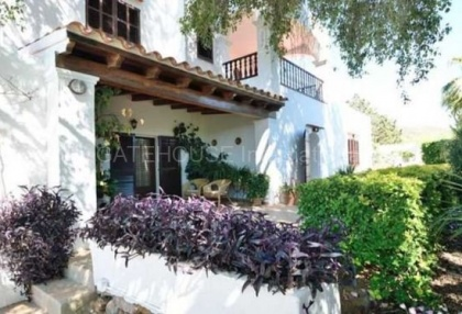 Country house for sale in Santa Agnes_5