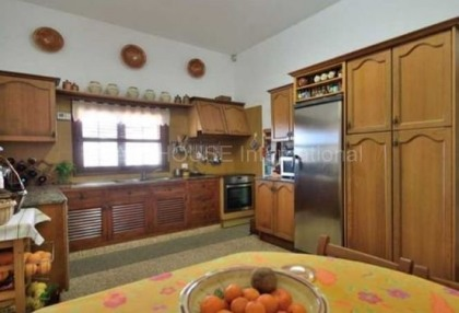 Country house for sale in Santa Agnes_6