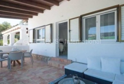 Renovated apartment close to the beach in Cala Vadella_1
