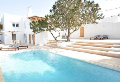 Large house into two homes in Cala Vadella_1