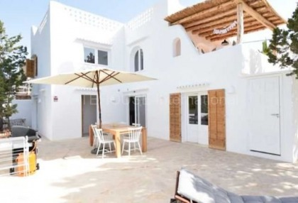 Large house into two homes in Cala Vadella_2