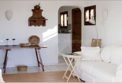 House with sea views in Cala Conta_4