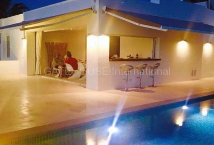 New built sea view house in Cala Conta_2
