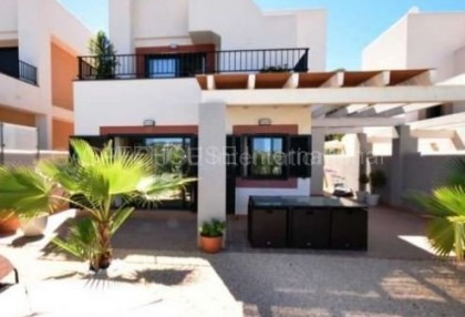 Detached house for sale in Cala Tarida_s