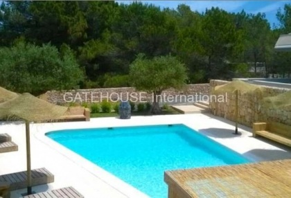 Modern apartment for sale in Cala Tarida_7