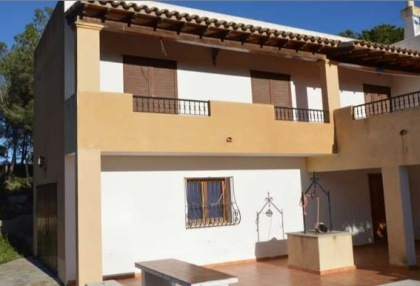 Renovation project for sale in Es Cubells_7
