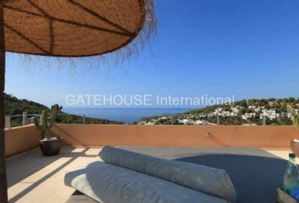 Sea view apartment for sale in Cala Carbo_7