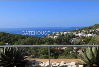 Sea view apartment for sale in Cala Carbo_8