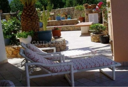 Detached home for sale in Cala Tarida divided into two units_5