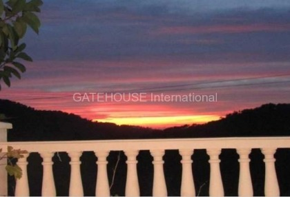 Detached home for sale in Cala Tarida divided into two units_9