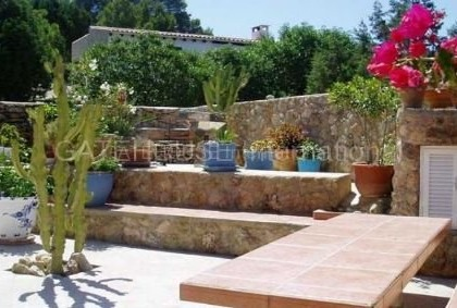 Detached home for sale in Cala Tarida divided into two units_s