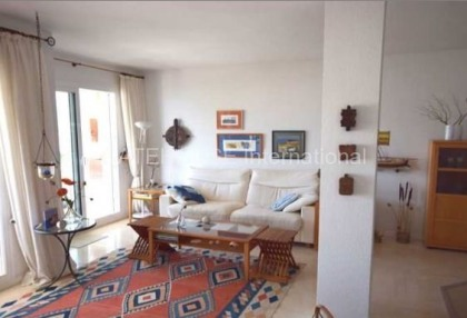 Apartment for sale in Santa Eularia with sea views_5