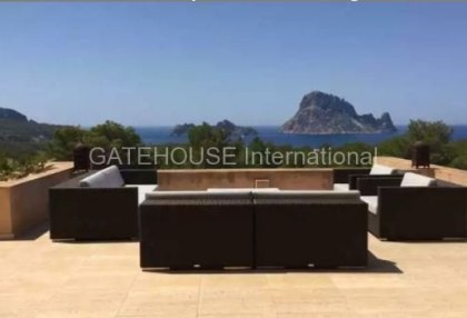 Apartment in Cala Carbo with views towards Es Vedra_1