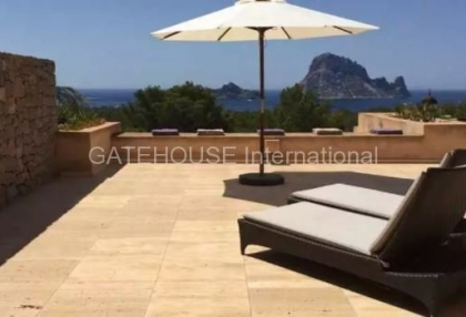 Apartment in Cala Carbo with views towards Es Vedra_2