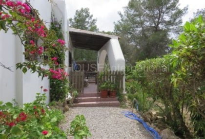 Three bedroom detached villa for sale in Benimussa_5