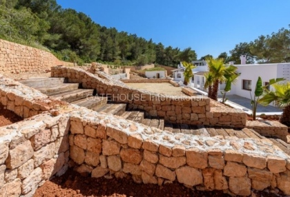 Luxury home recently renovated in Santa Eularia_10