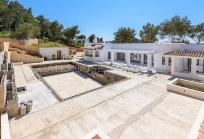 Luxury home recently renovated in Santa Eularia_s