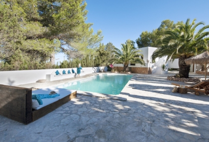 Modernised villa with distant sea views for sale Benimussa Ibiza on Sant Josep coast 3