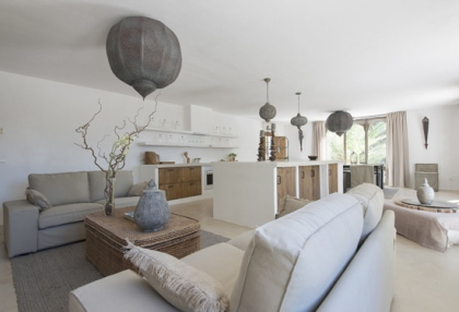 Modernised villa with distant sea views for sale Benimussa Ibiza on Sant Josep coast 4