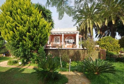 Detached villa with country views in Santa Eulalia_1