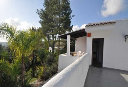 Large detached finca that would be ideal B & B opportunity_2